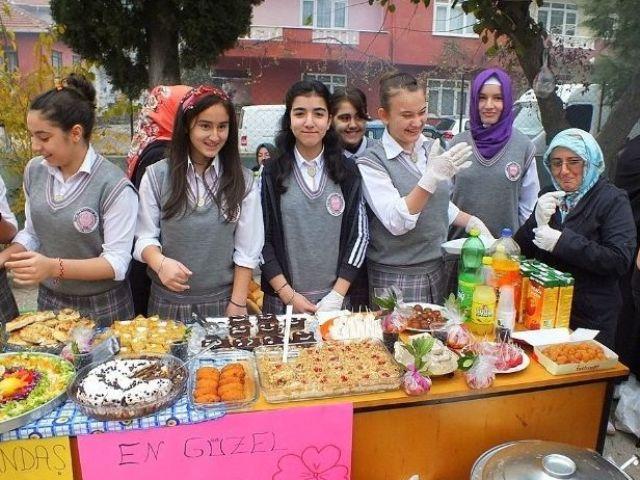 F�st�kl� K�y�nde Bal�k-Ekmek Festivali