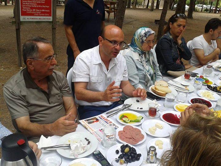 Ba�kan ORAL dan Bas�n Bayram� na �zel kahvalt�