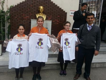 Gazi Abdurrahman Ortaokulu Yunanistan da