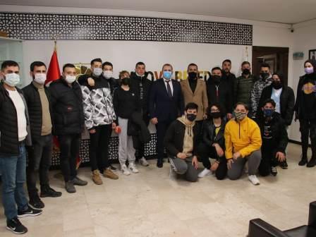 Tutuk, Genç Fenerbahçelileri konuk etti